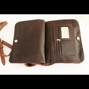JP Ourse & Cie Bags - JP Ourse & Cie Brown Leather Crossbody Travel Bag